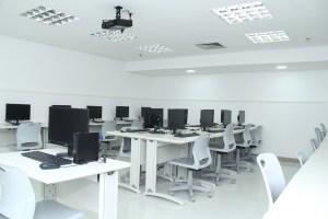 sala-de-informatica-do-ijcpm-instalado-no-shopping-jardins-1