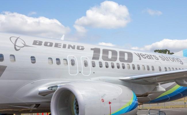 Will Boeing Stock Split In 2017