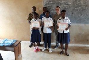 I ragazzi premiati nel concorso echo-ambasciatori