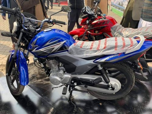 small resolution of expectations vs reality like always altas honda disappointed customers as they were expecting kick ass 125cc motorbike to compete with yahama ybr series