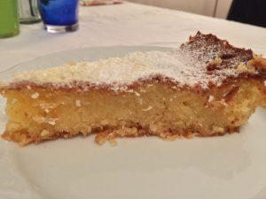 La torta caprese limone e cioccolato bianco
