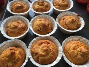 Muffin con fontina e prosciutto