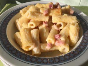 Pasticcio delizioso con tortiglioni