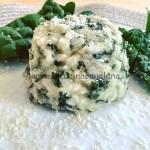 Ricetta Sformatini di riso, spinaci e mandorle