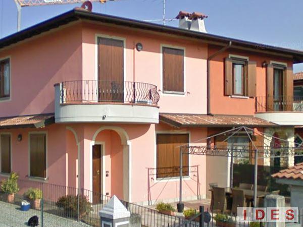 Villa bifamiliare in via Ghandi - Comezzano-Cizzago (Brescia)