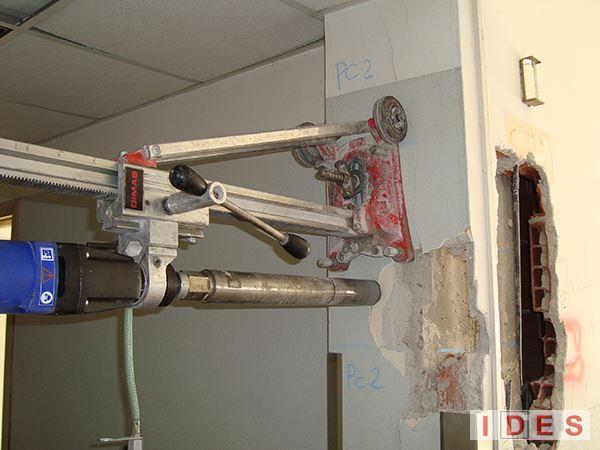 """Ospedale e R.S.A. """"Richiedei"""" - Gussago (Brescia) - Carotaggio pilastro in cemento armato"""