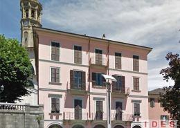 Palazzo in Piazza Cermenati - Lecco