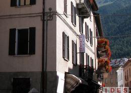"""Residence """"Acero Rosso"""" – Ex Hotel """"Milano"""" - Ponte di Legno (BS)"""