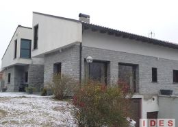 Villa unifamiliare in Bellano (Lecco)