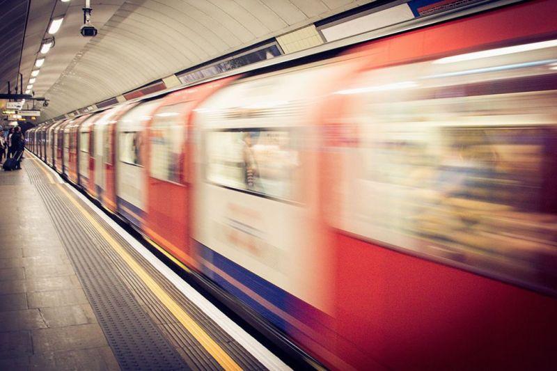 Como se locomover: andar de metrô