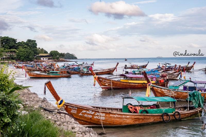 Os famosos Long Tails da Tailândia - em Phi Phi Islands tem!