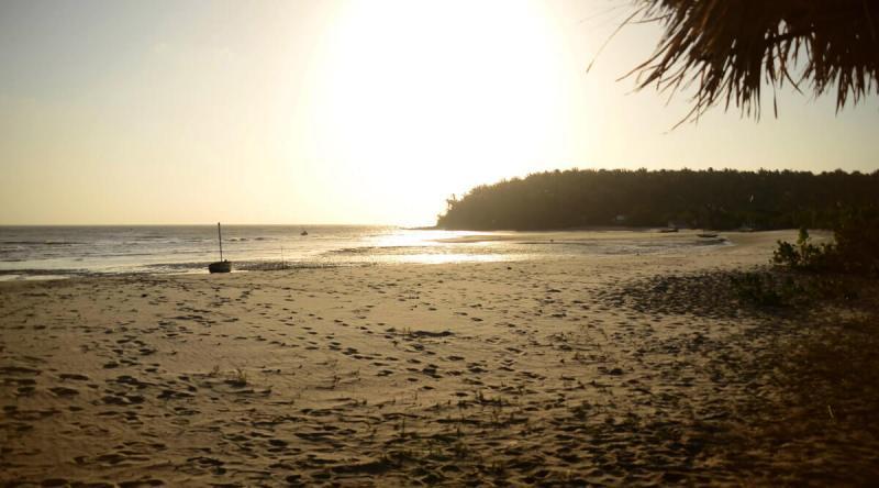 Praia na isolada Ilha do Medo, em São Luís do Maranhão.