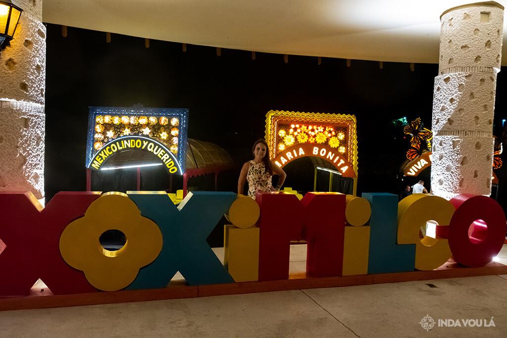 foto no letreiro Xoximilco cancun by xcaet