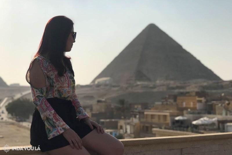 Vista das pirâmides do hotel que fiquei no Cairo, Egito