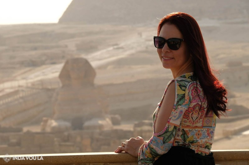 hotel no cairo em frente à grande esfinge e piramides