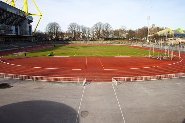 Een overview-shot van Stadion Rote Erde