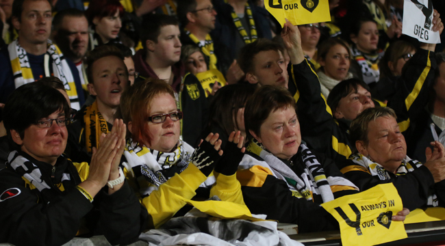 Tijdens Westerlo - Sporting Lokeren liepen de emoties hoog op.