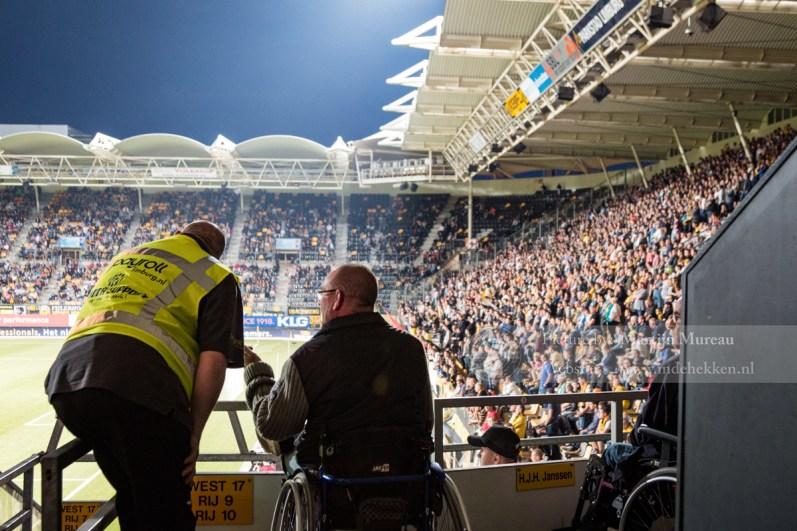 Een ding hebben ze bij Roda JC goed geregeld: De plaatsen voor fans in een rolstoel