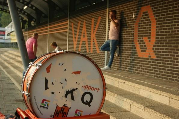 Vak Q is een van de bekendste supportersgroepen van de Tweede Divisie.