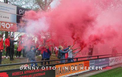 Excelsior 31 steekt pyro af tijdens de derby tegen buurman SVZW