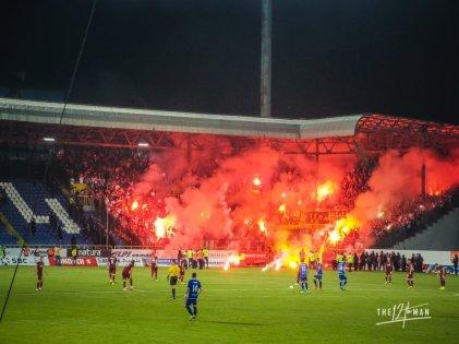 Bosnië: Sarajevo Derby - Horde Zla uitvak - In de Hekken