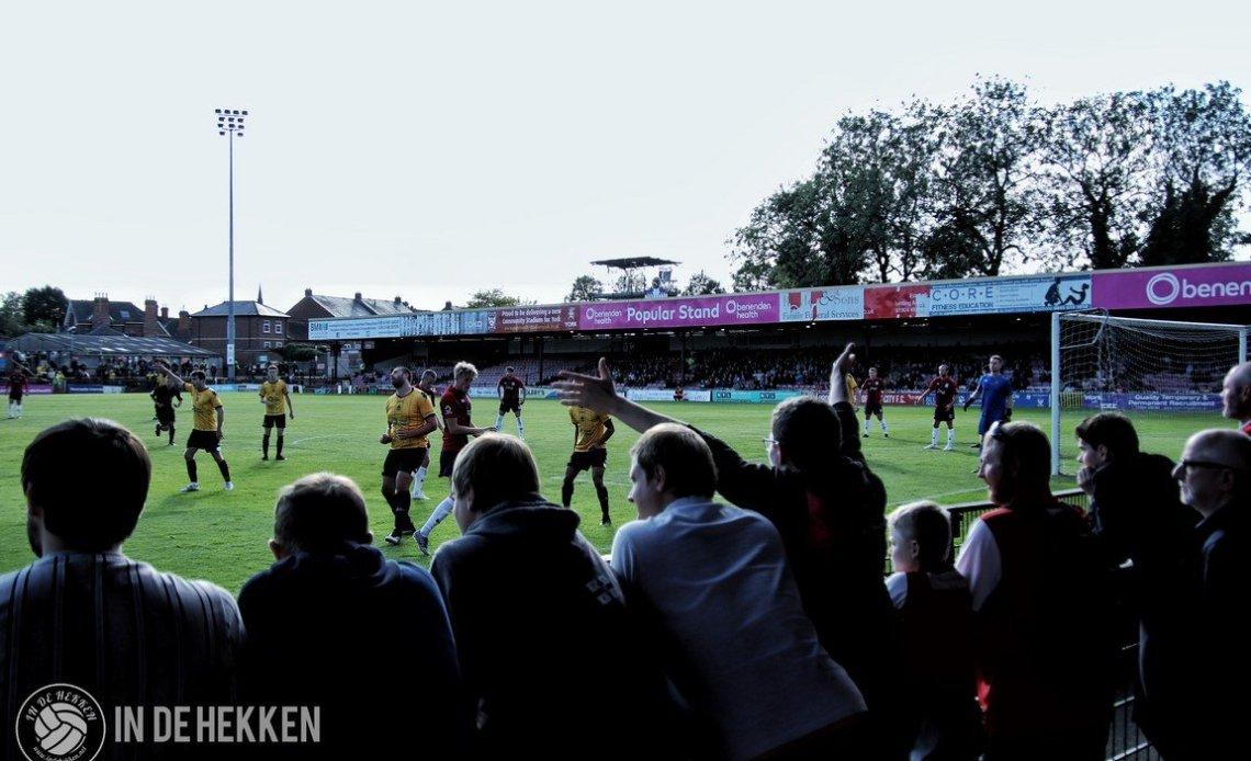 Supporters van York City FC in het ouderwetse Bootham Crescent