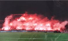Olympique Marseille - Saint-Etienne 2000-2001 (via Yelpa Tribune Marseille).