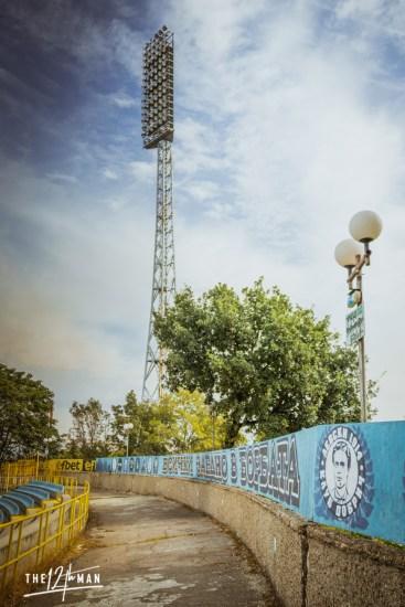 Statige lichtmast van het stadion van Levski Sofia