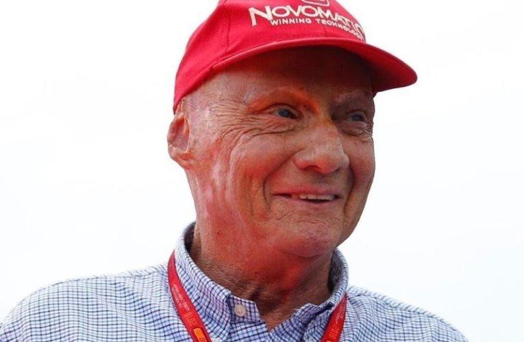 Addio Niki Lauda, considerato tra i migliori piloti di sempre.