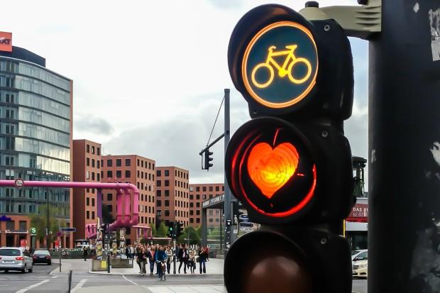 Giornata mondiale della bici, ma l'Italia pedala poco