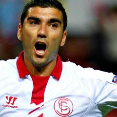 Shock nel mondo del calcio: muore il centrocampista Reyes in un incidente stradale