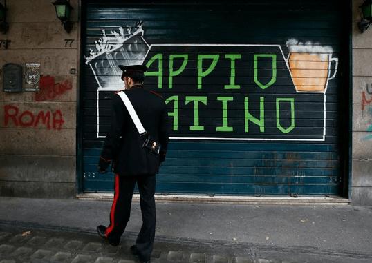 Roma, omicidio Luca Sacchi, interrogati i due fermati, sono di Roma i due carnefici