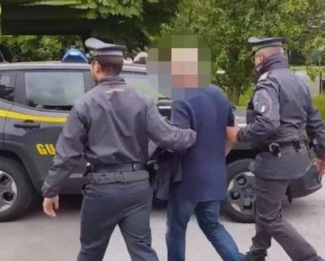 Arrestato a Palermo un maresciallo della Finanza infedele