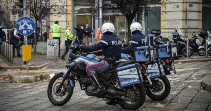 Milano, rapina con ostaggi in centro. I banditi scappano col bottino attraverso le fogne.