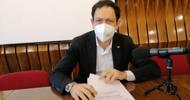 """Vaccini, Razza: """"Sicilia terza per somministrazione."""