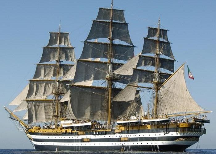 Marina, positivi 20 membri equipaggio Amerigo Vespucci