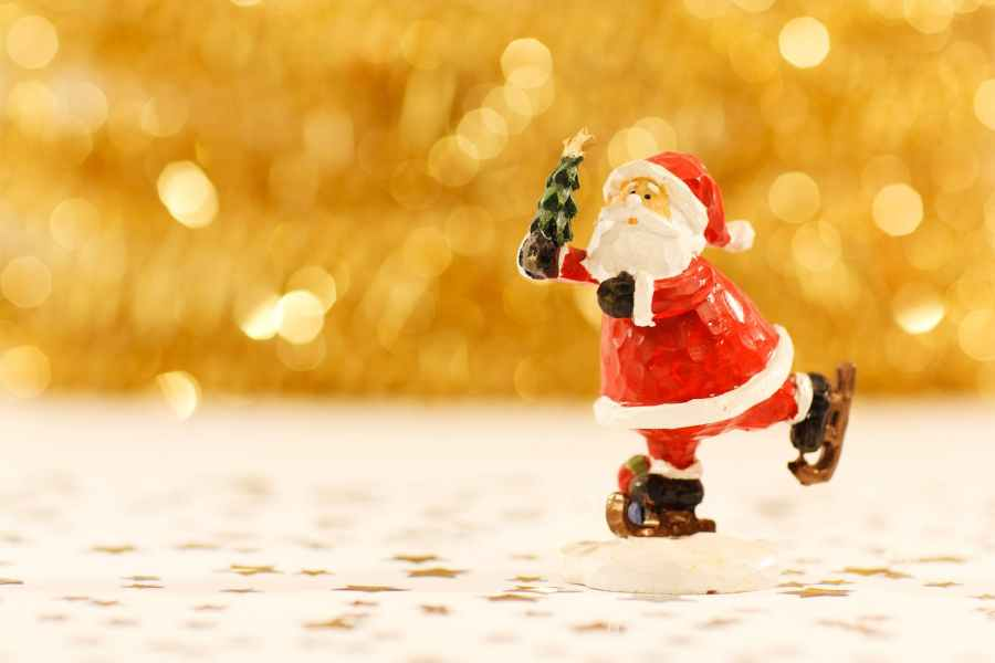 santa clause figurine