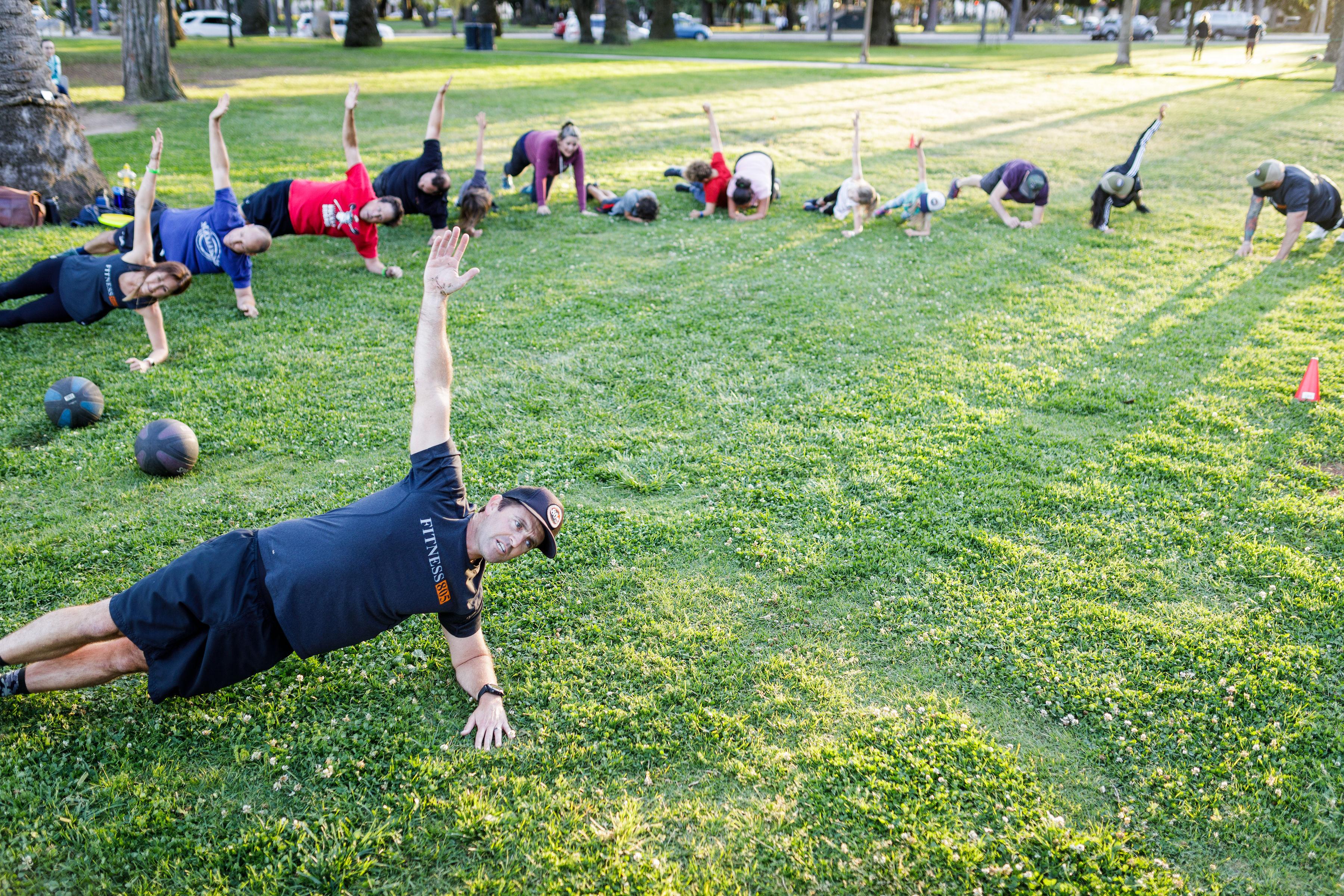 Weekly Workout Fundraises For Santa Barbara Nonprofits The Santa Barbara Independent