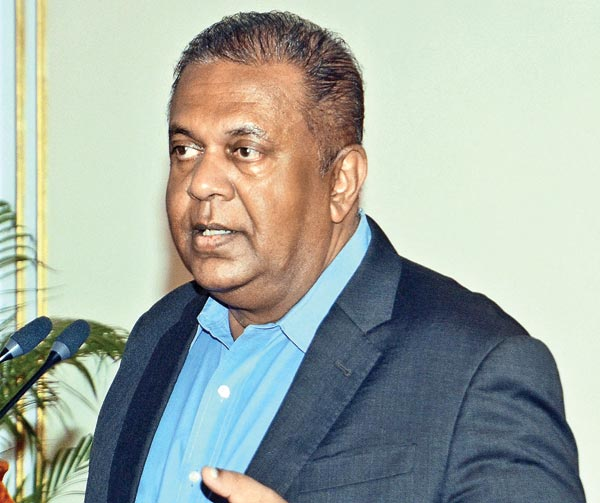 Mangala pledges justice for Lasantha