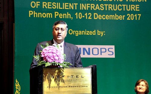 Sri Lanka sharing and learning best practices from the region on resilient infrastructure