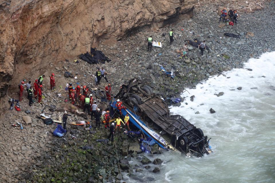 Over 40 killed in Peru bus crash