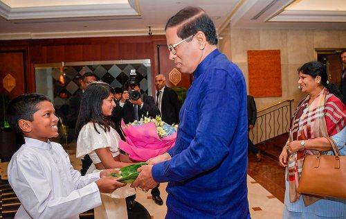 Sri Lankan President arrives in London to participate in CHOGM