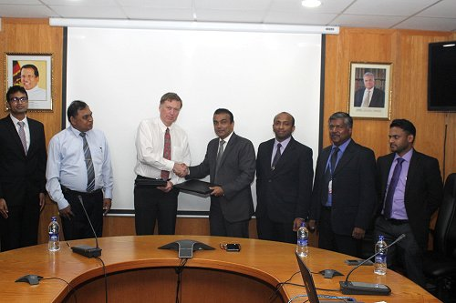 SriLankan Aviation College launches partnership with Kingston University London