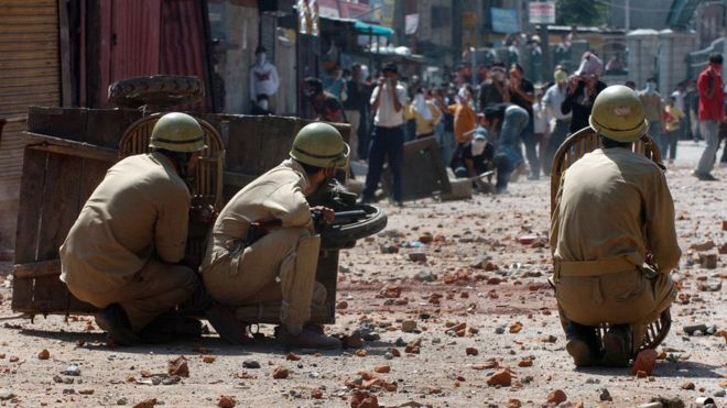 Kashmir: India tourist killed by stone throwing protesters