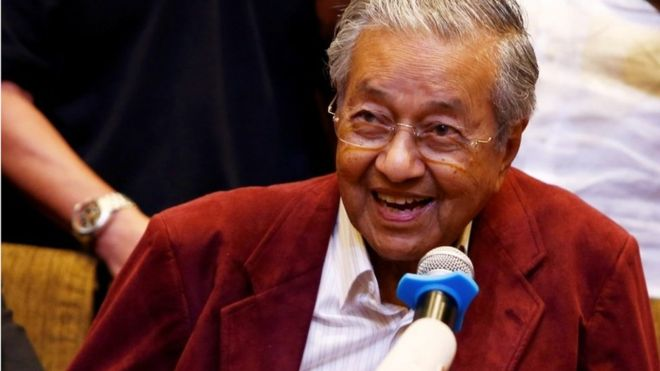 Malaysia's Mahathir Mohamad on course to be world's oldest elected leader