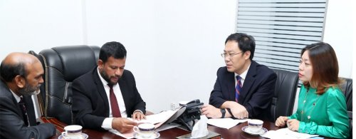 Chinese firm ready to invest US$ 30 mn to set up international gem & jewellery hub In Sri Lanka