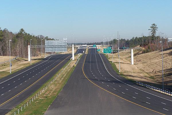 Construction of Badulla-Chenkalady A-5 highway expedited
