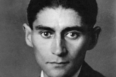 طه حسين أول من اكتشف كافكا عربيا ودافع عنه... وجعله حفيدا لأبي العلاء المعري | اندبندنت عربية