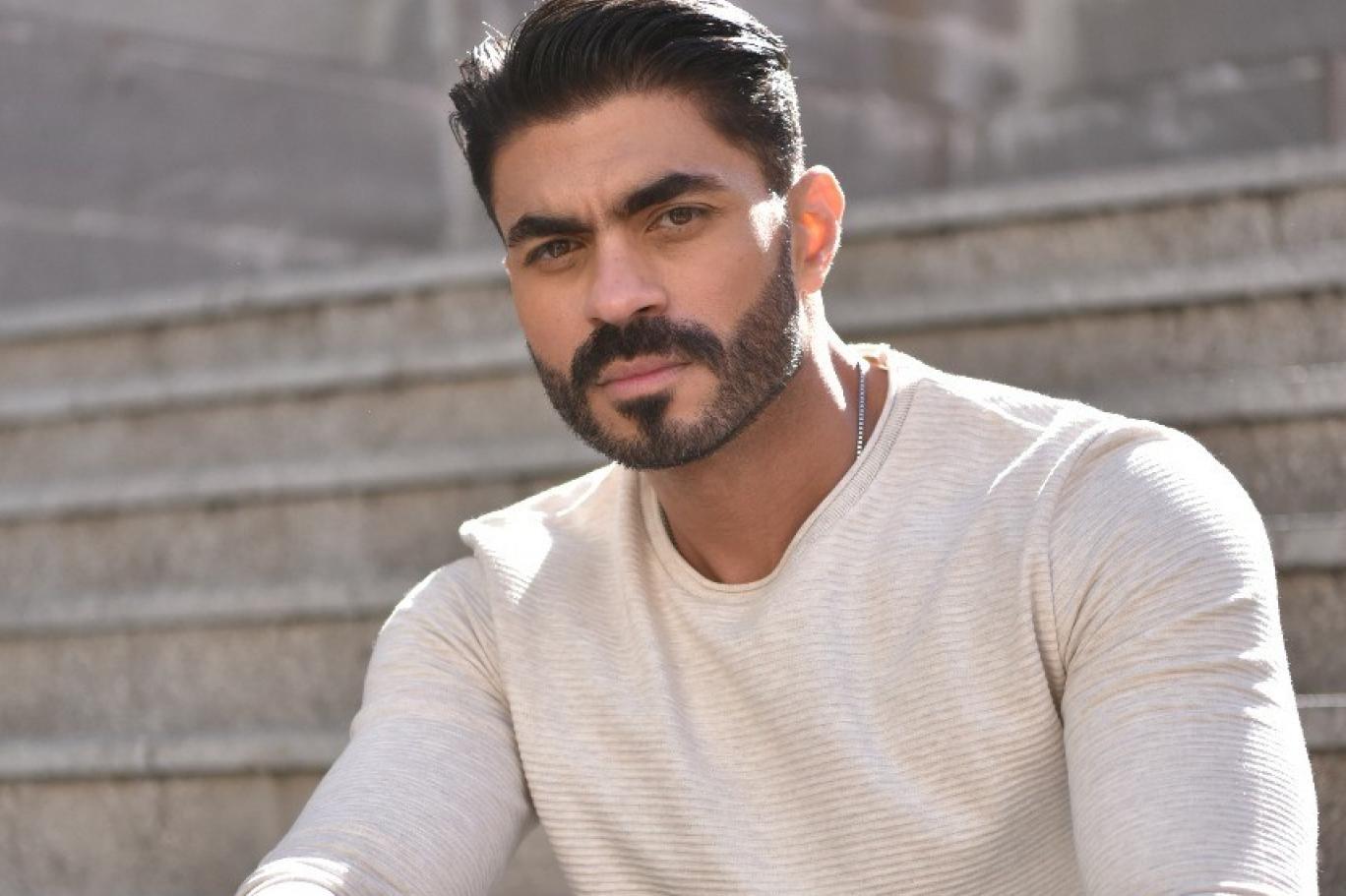 خالد سليم لا يخجل بثلاثية الغناء والتمثيل والتقديم | اندبندنت عربية