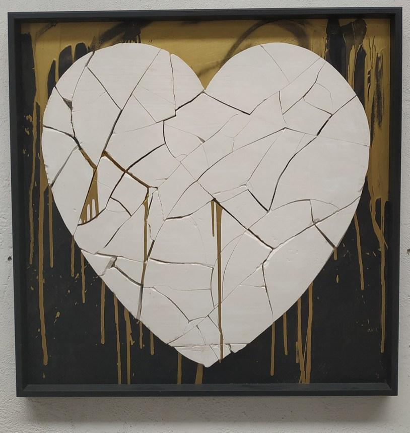 Urbansolid, Broken heart, 80x80cm, Mixed media on panel, 2016